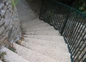 מדרגות מעוגלות מגרנוליט