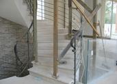 מדרגות מעוגלות משיש